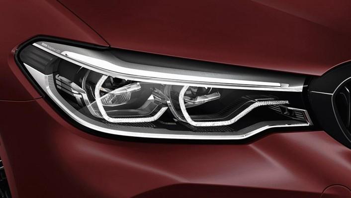BMW M5-Sedan 2020 Exterior 002