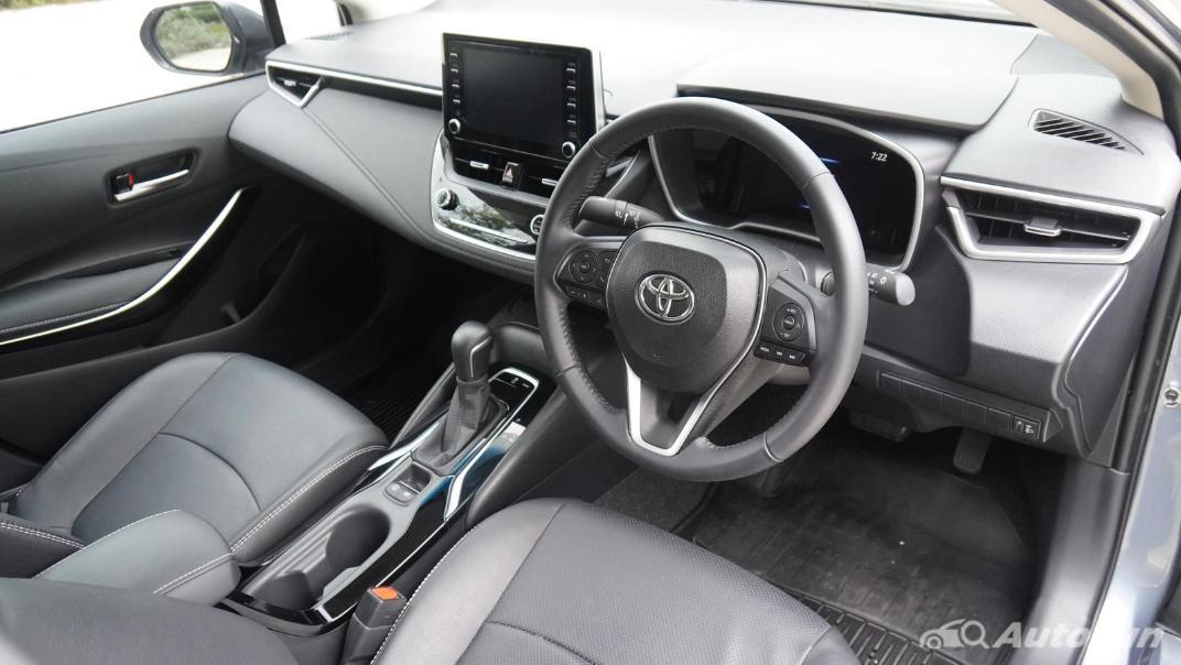 2021 Toyota Corolla Altis 1.8 Sport Interior 032
