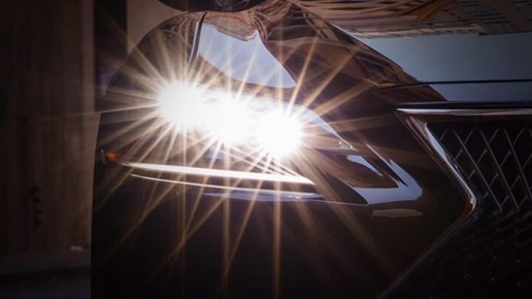 Lexus LS 2020 Exterior 011