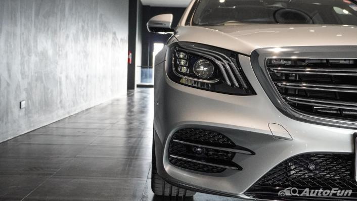 Mercedes-Benz S-Class S 560 e AMG Premium Exterior 010