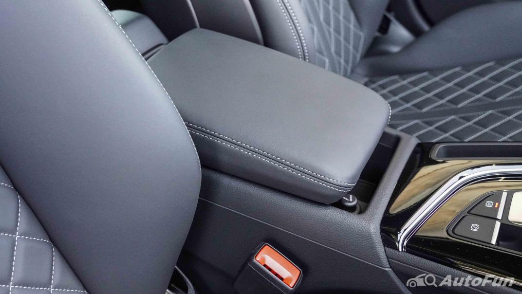 2020 Audi A4 Avant 2.0 45 TFSI Quattro S Line Black Edition Interior 031