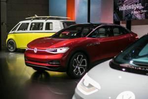 Volkswagen หาญกล้าขอผลิตอีวีมากกว่า Tesla ใน 4 ปี แต่ตอนจบอาจจะแพ้ทั้งคู่...