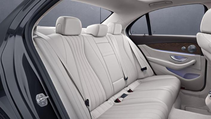 Mercedes-Benz E-Class Saloon Public 2020 Interior 005