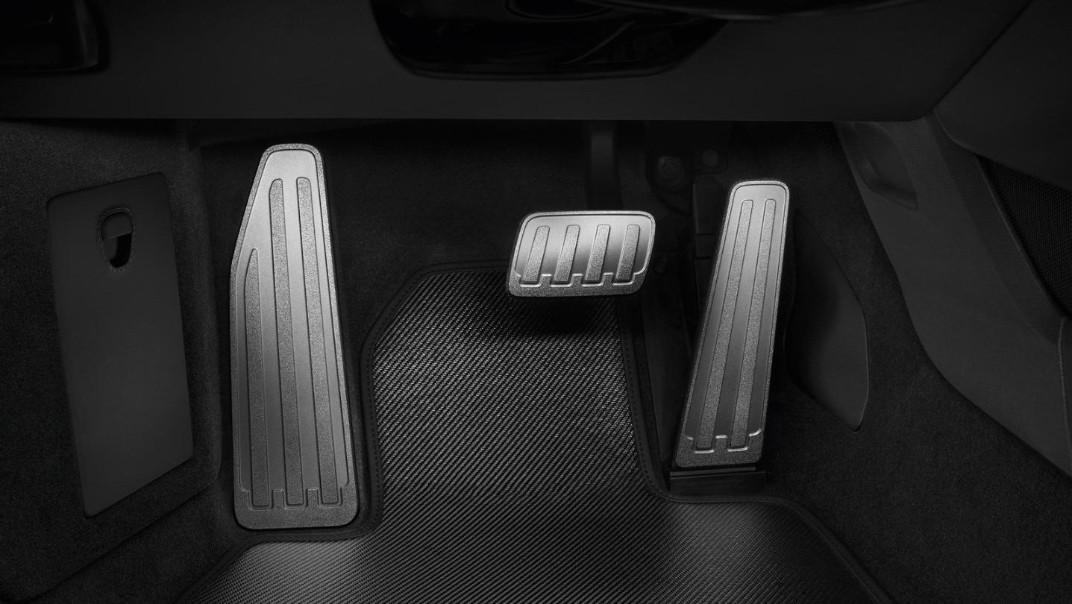 Porsche 911 Public 2020 Interior 008