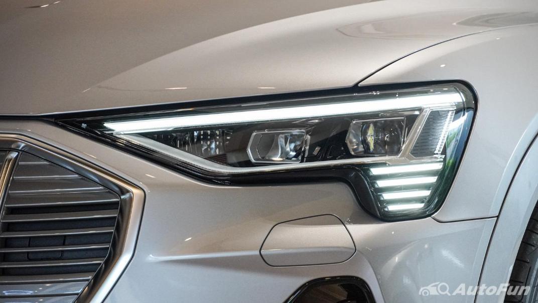 2020 Audi E Tron Sportback 55 quattro S line Exterior 023