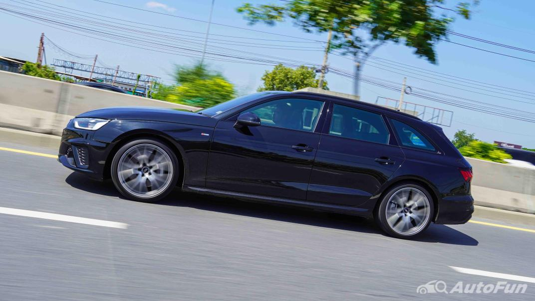 2020 Audi A4 Avant 2.0 45 TFSI Quattro S Line Black Edition Exterior 057