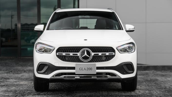 2021 Mercedes-Benz GLA-Class 200 Progressive Exterior 008