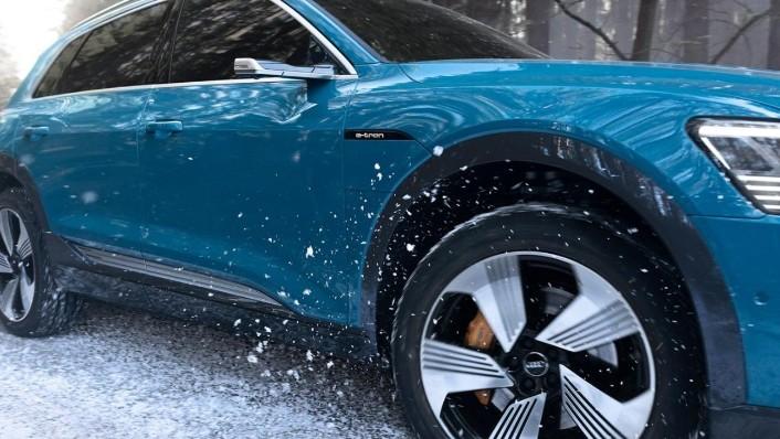 Audi E Tron 2020 Exterior 010