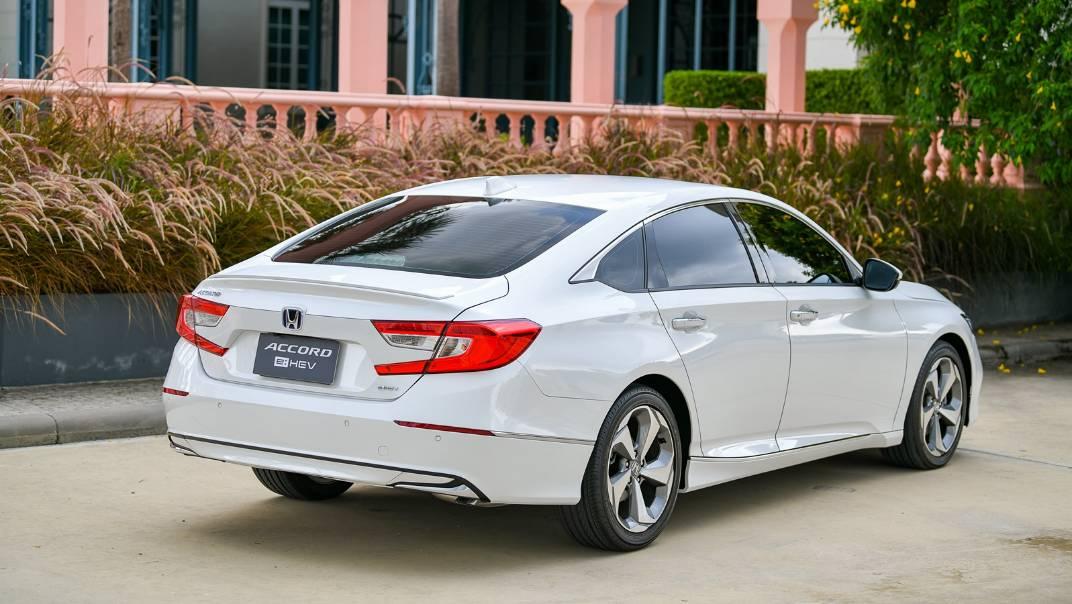 2021 Honda Accord 2.0L e:HEV EL+ Exterior 055
