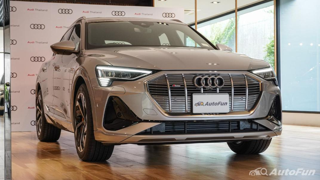 2020 Audi E Tron Sportback 55 quattro S line Exterior 012