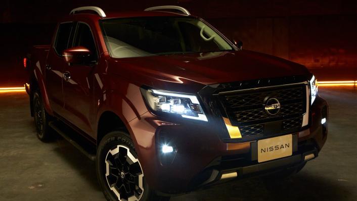 2021 2.3 Nissan Navara Double Cab 4WD VL 7AT Exterior 006
