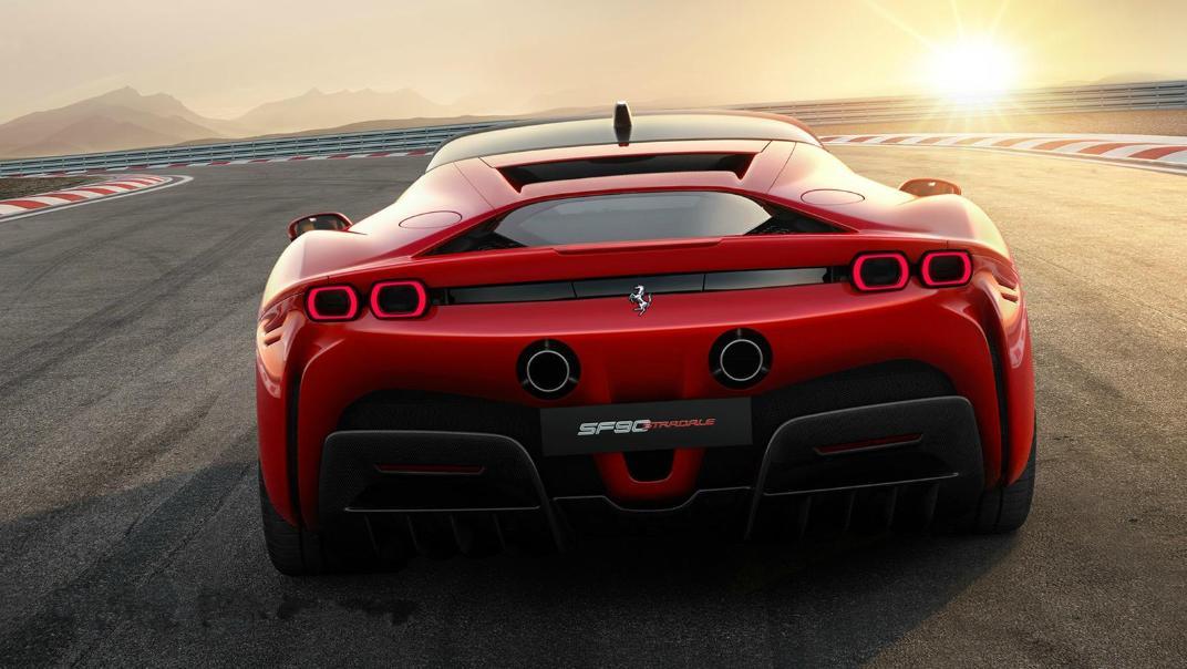 2020 Ferrari SF90 Stradale 4.0 V8 Exterior 003
