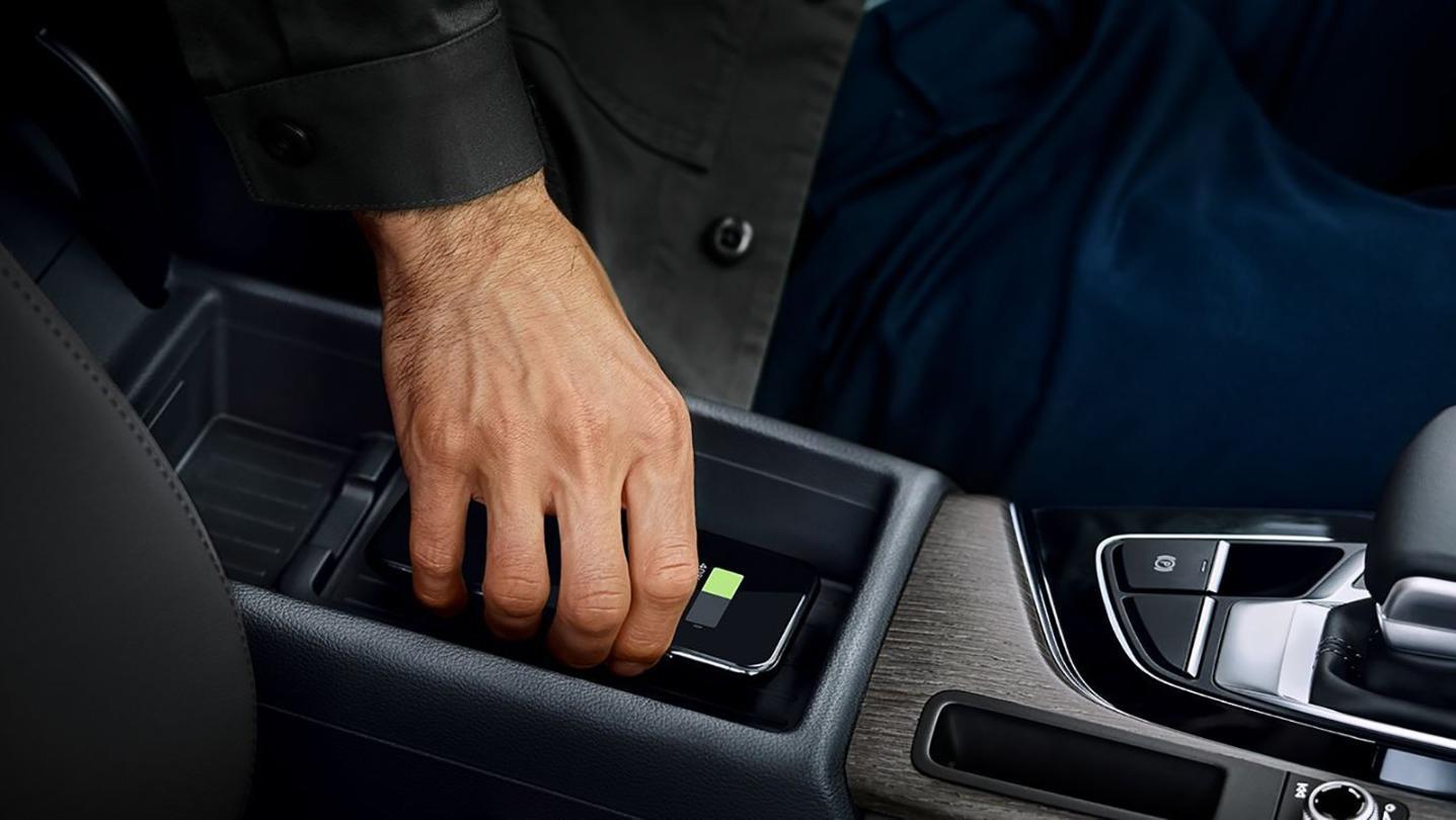 Audi A4 Avant 2020 Interior 006