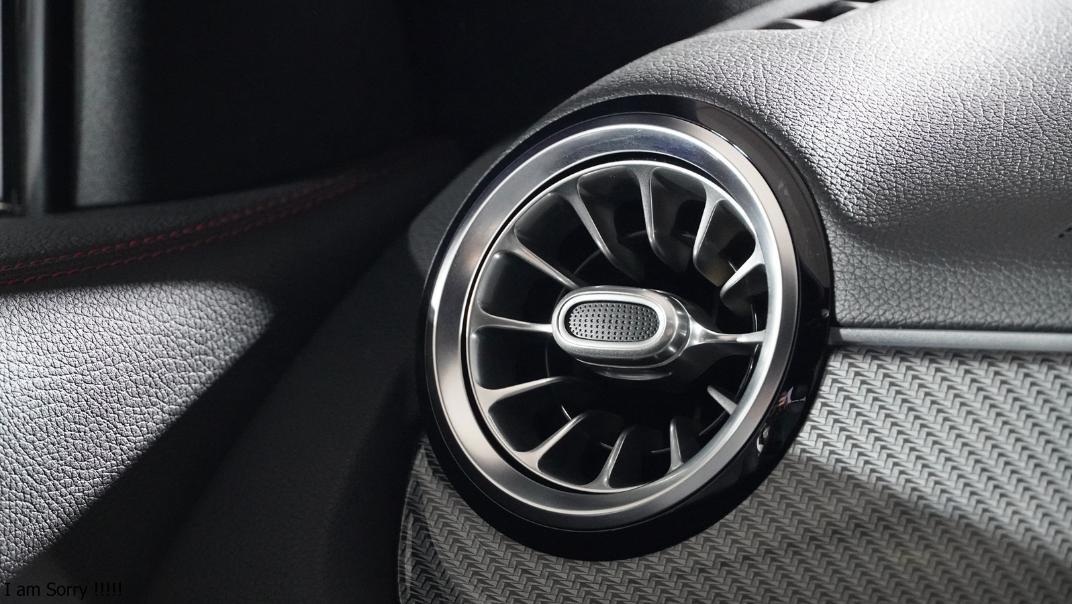 2021 Mercedes-Benz GLA-Class 200 AMG Dynamic Interior 016