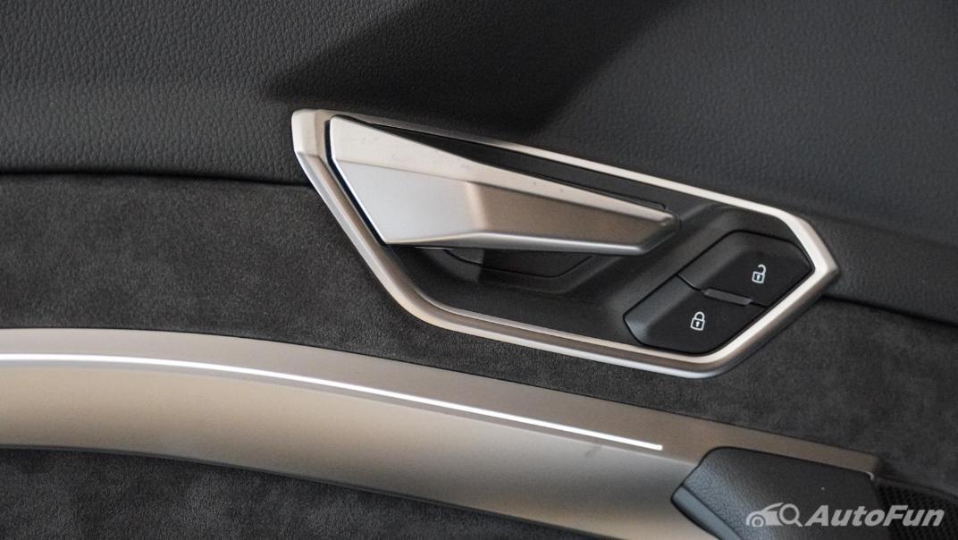 2020 Audi E Tron Sportback 55 quattro S line Interior 123