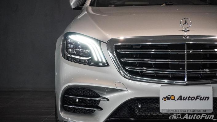 Mercedes-Benz S-Class S 560 e AMG Premium Exterior 009