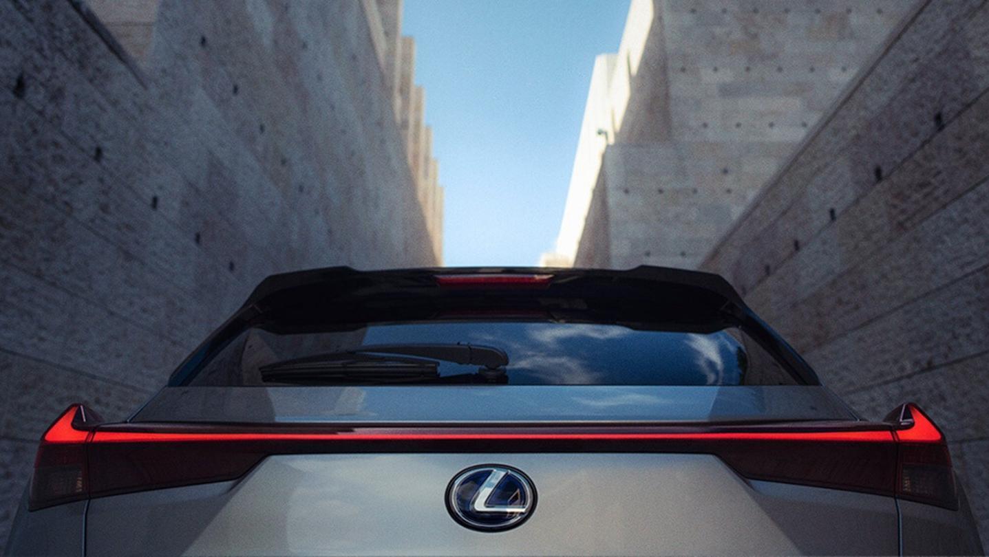 Lexus UX 2020 Exterior 001