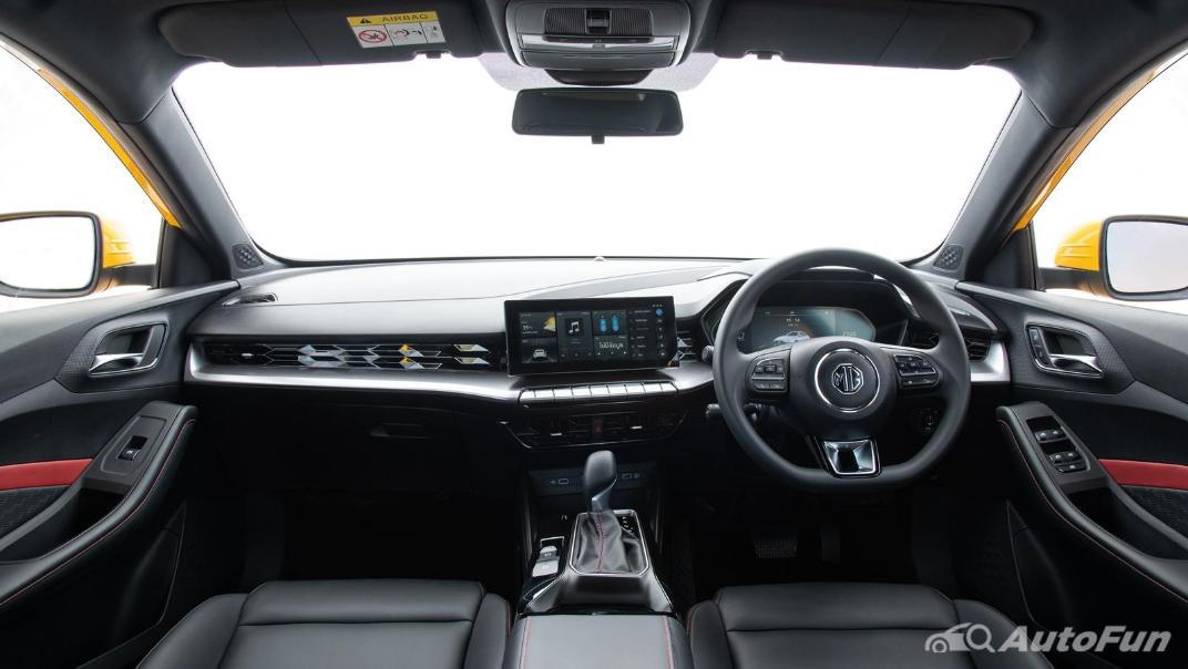 2021 MG 5 Upcoming Version Interior 024