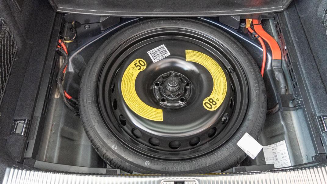 2020 Audi A4 Avant 2.0 45 TFSI Quattro S Line Black Edition Interior 110