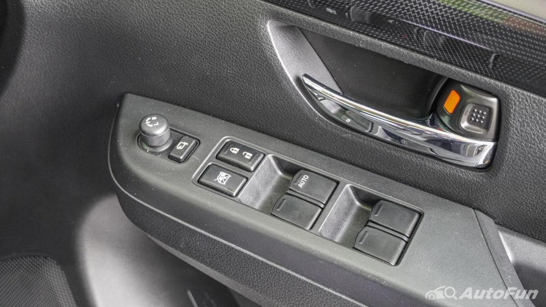 2020 1.5 Suzuki XL7 GLX Interior 042