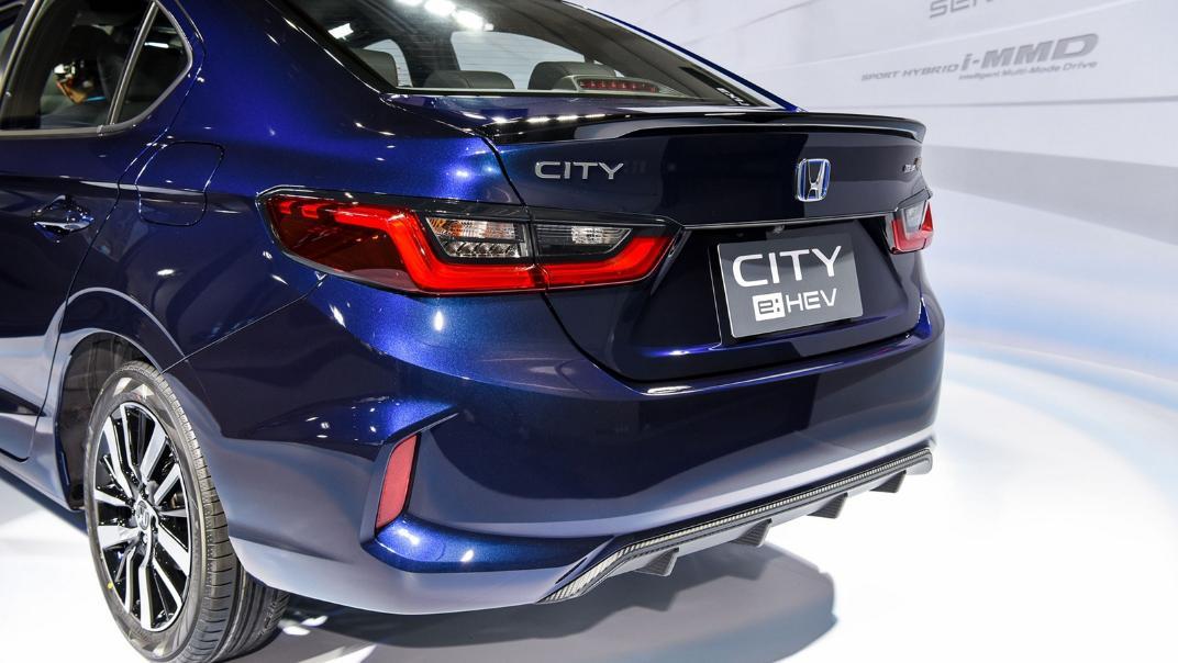 2021 Honda City e:HEV RS Exterior 058