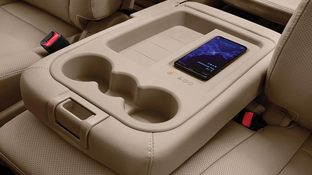 Hyundai Grand-Starex 2020 Interior 006