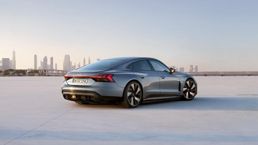 2021 Audi e-tron GT quattro Exterior 005