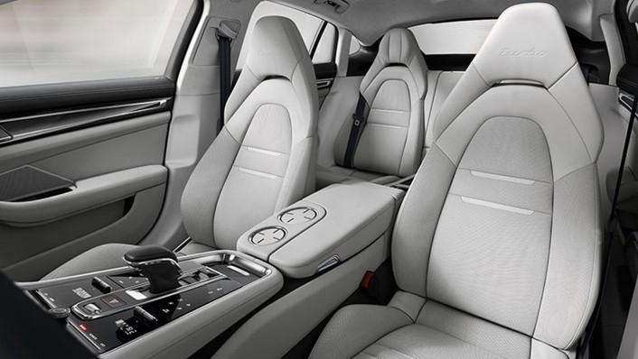 Porsche Panamera Public 2020 Interior 003