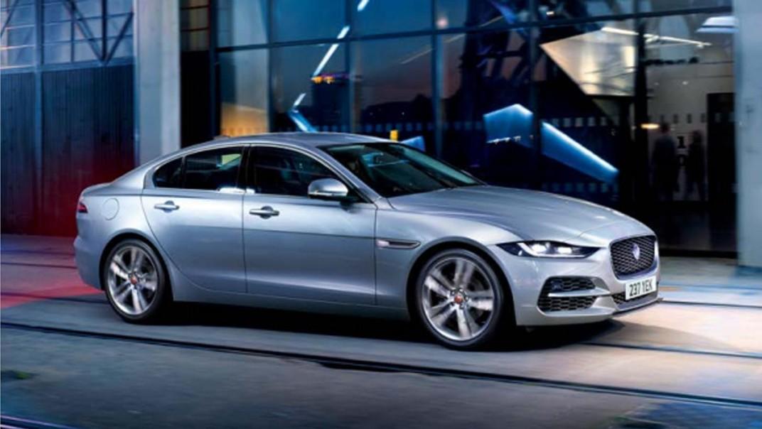 Jaguar XE Public 2020 Exterior 005