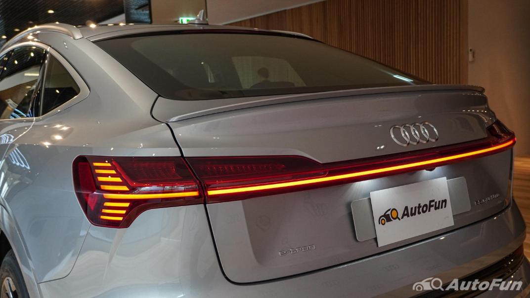 2020 Audi E Tron Sportback 55 quattro S line Exterior 075