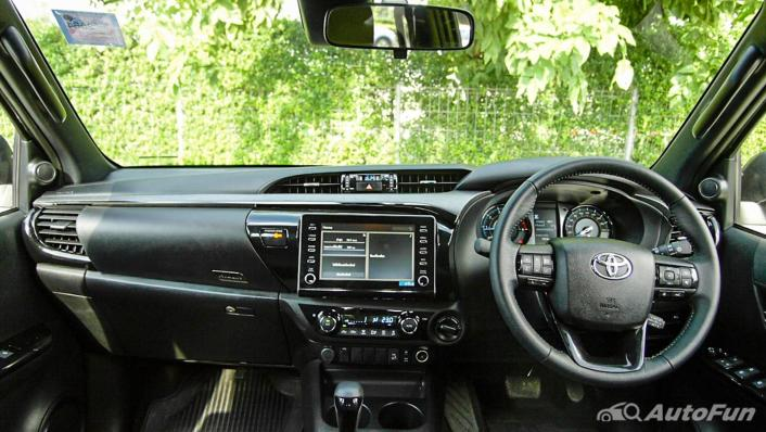 2020 Toyota Hilux Revo Double Cab 4x4 2.8High AT Interior 001