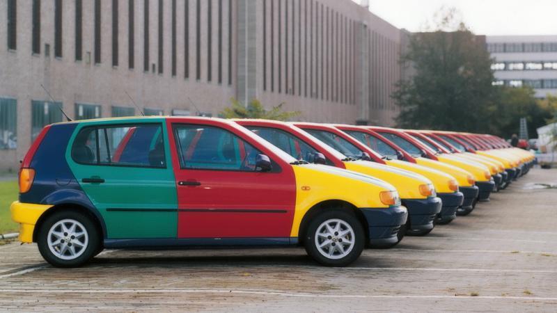 VW Polo Harlequin รถสีรุ้งในตำนานกลับมาแล้ว! จดทะเบียนสีอะไรละนี่? 02