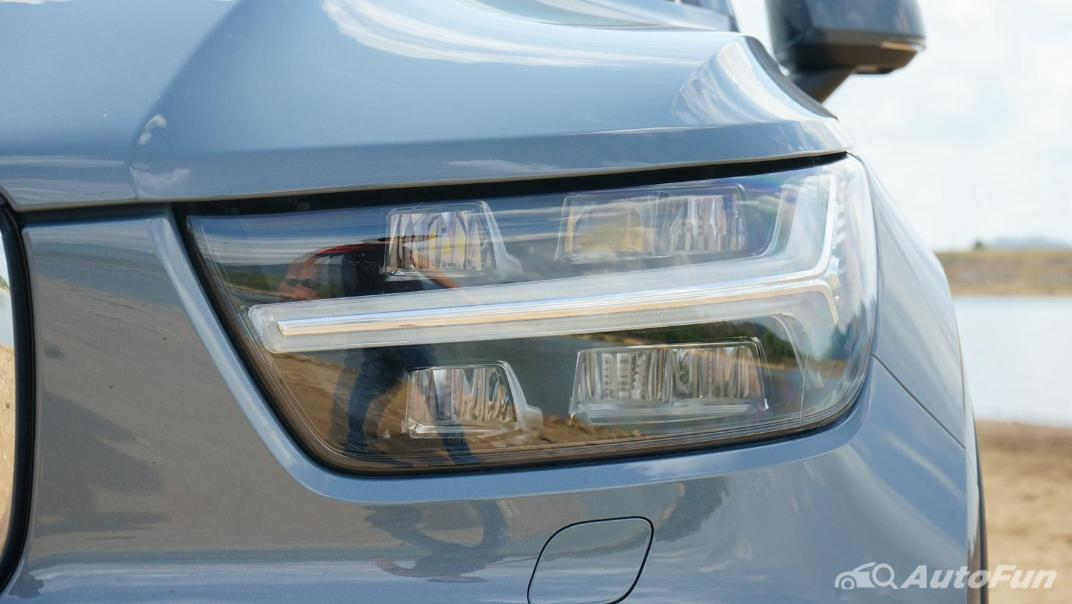 2020 Volvo XC 40 2.0 R-Design Exterior 015