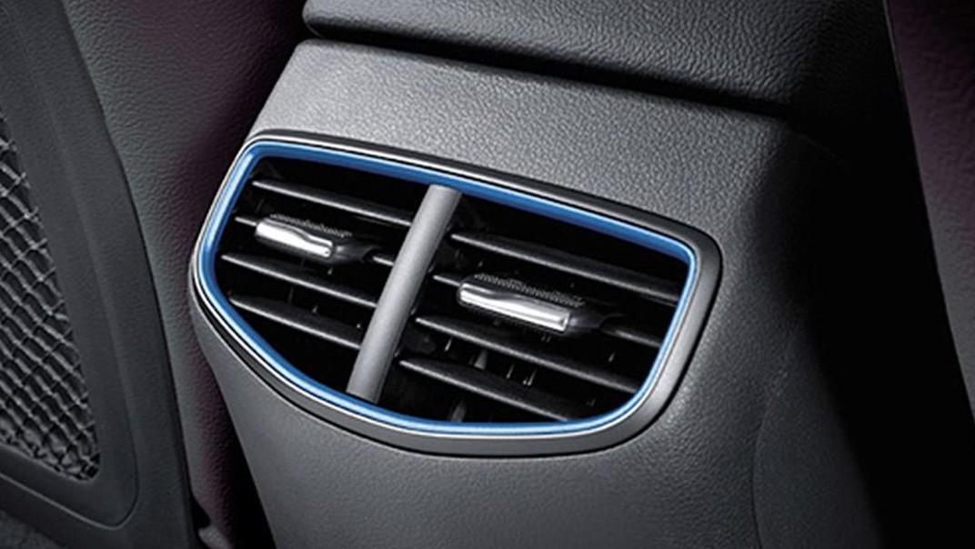 Hyundai Ioniq 2020 Interior 004