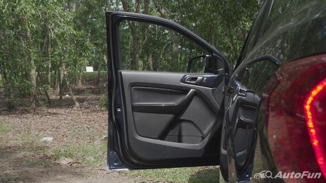 2021 Ford Everest 2.0L Turbo Titanium 4x2 10AT - SPORT Interior 053