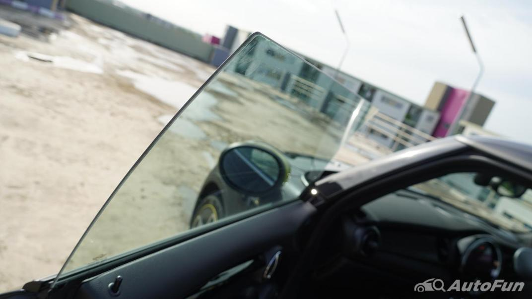 2021 MNI 3-Door Hatch Cooper S Interior 057