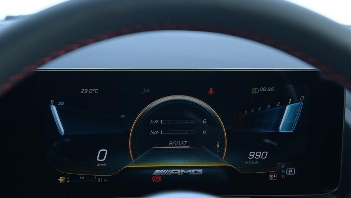 2021 Mercedes-Benz GLA-Class 35 AMG 4MATIC Interior 006