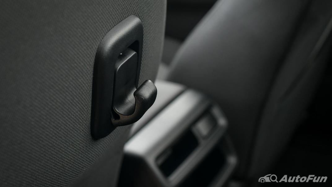 Mazda BT-50 Pro 2021 Interior 048