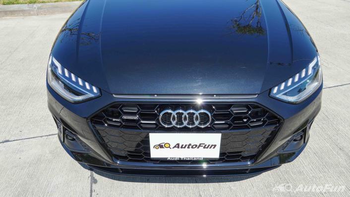 2020 Audi A4 Avant 2.0 45 TFSI Quattro S Line Black Edition Exterior 010