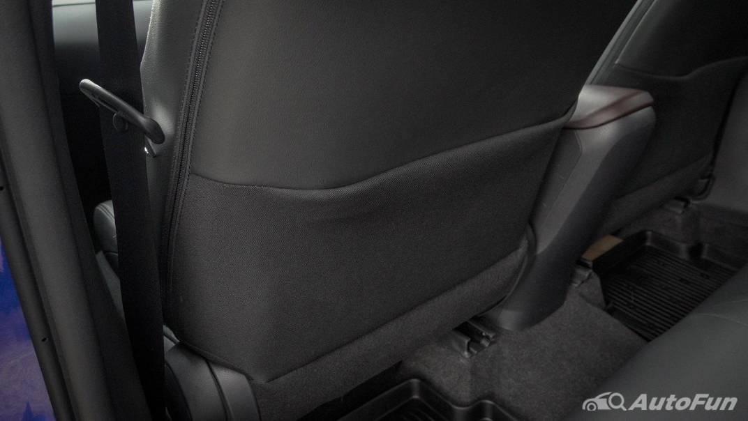 2021 Toyota C-HR Hybrid Premium Safety Interior 062