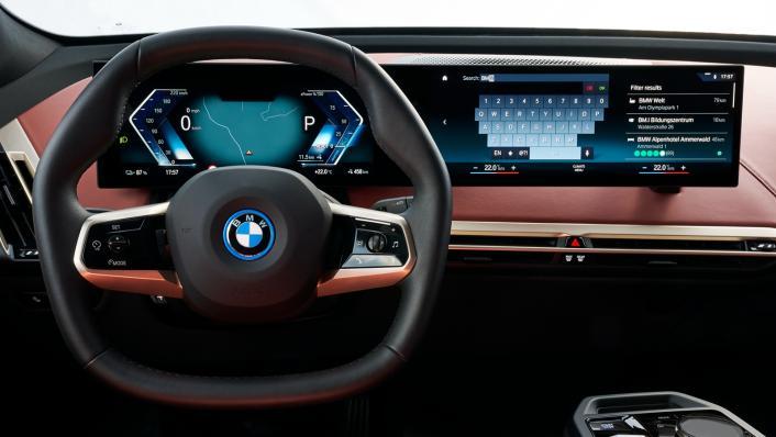 2021 BMW iX xDrive50 Sport Interior 002