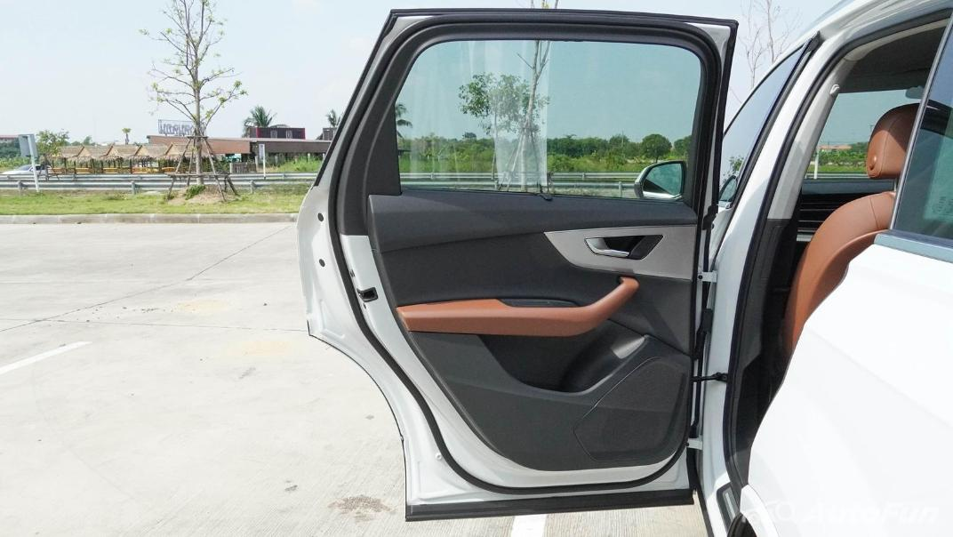 2020 Audi Q7 3.0 45 TDI Quattro Interior 032